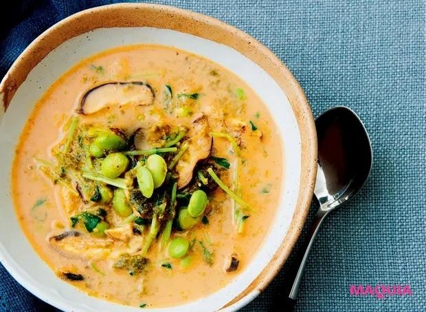 【美容スープレシピ】マイルドな辛さが美味! 食物繊維もたっぷり 「海苔のピリ辛豆乳スープ」