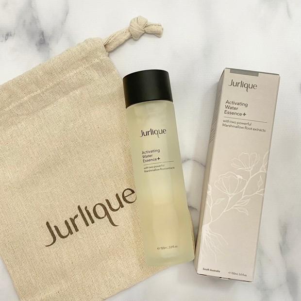 【2021年3月新発売!】パッケージもおしゃれなジュリークの化粧水でふっくらなめからなお肌に♡