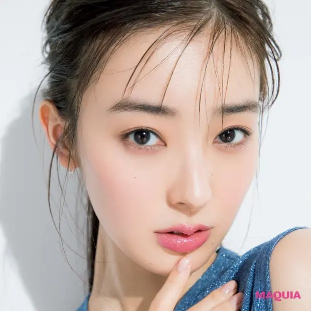 【2020年最新夏メイク】唇のキラキラは、透け度の高いグロスから始めよう_1