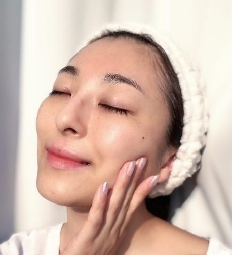 #おこもり美容 世界初の微小電流で自宅でエステ感覚!韓国発最先端マスクでお手軽エイジングケアが叶う!_7