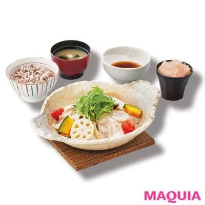 【食べ痩せダイエット】大戸屋の「野菜と豚の蒸し鍋定食」は、栄養バランスにこだわったヘルシーメニュー。