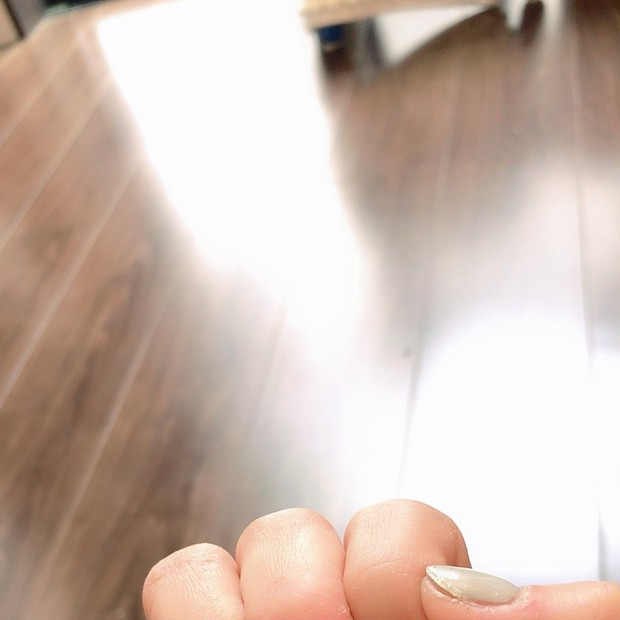 【ネイルチェンジ】大人パステル×ラメラインの先端フレンチ