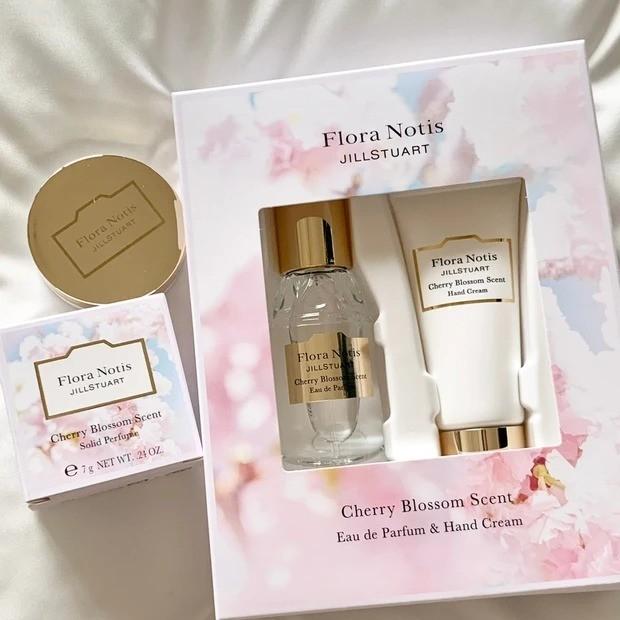 【桜コスメ2021】やわらかなチェリーブロッサムの香りとみずみずしいうるおいを素肌に