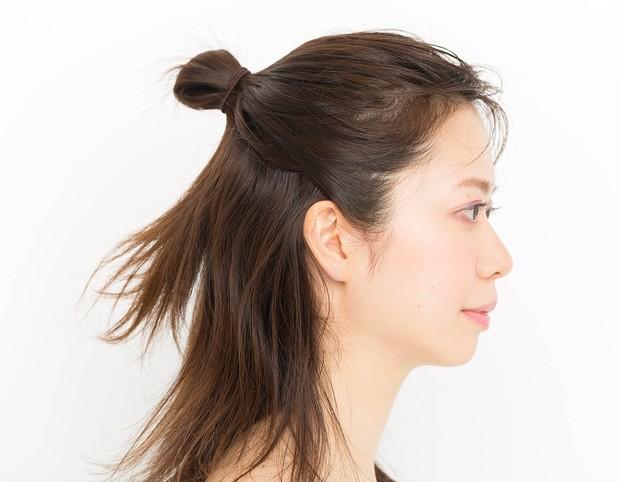 【マスクに合う髪型】簡単ハーフアップアレンジのやり方_2