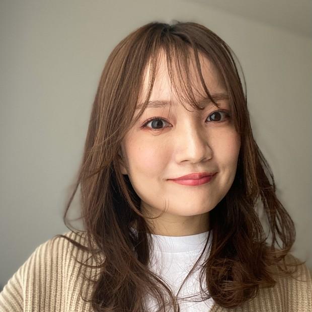 【自己紹介】3年目の奈津子です。「自分が心地いい美容」「美の貯金」が日々の美容への想いです♪