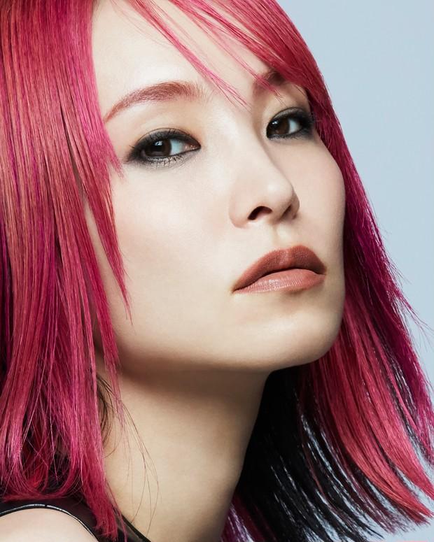 LiSAがNARS JAPAN 21年秋リップアイテムのキャンペーンモデルに! リップを纏ったキービジュアルが解禁_1