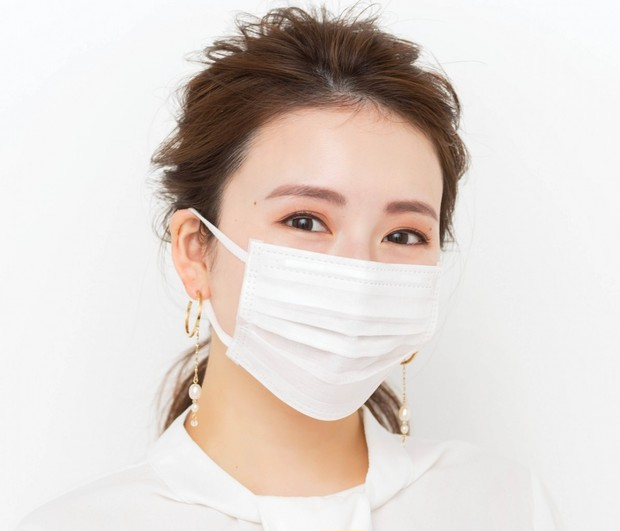 顔半分でも美人度を匂わせる! 長井流メソッドでマスク姿も美しく