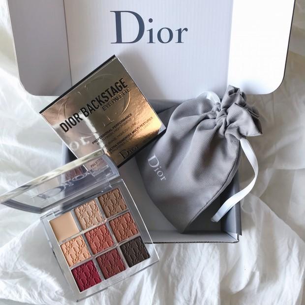 【速報】世界先行発売!2/22~24の3日間Dior公式オンラインで購入できるディオールバックステージ アイパレット 新色003アンバー【全色スウォッチ】