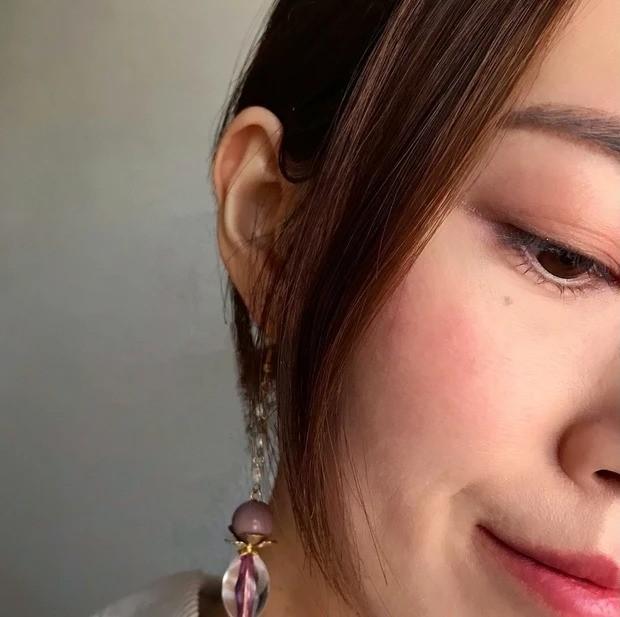 【桜コスメ】桜の香りと桜カラーの春メイク_チークとリップ
