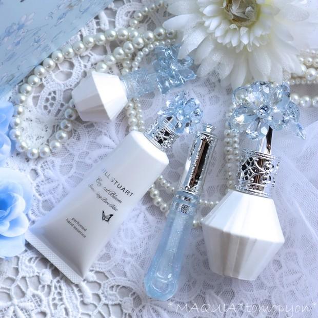 大人気の香りが復刻❤ジルスチュアート サムシングピュアブルーコレクション❤香水からリップまでレポ