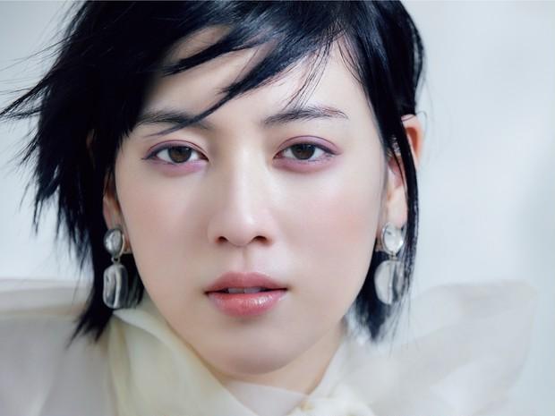【三吉彩花×千吉良恵子】セルヴォークの春新色でつくるラベンダーアイ