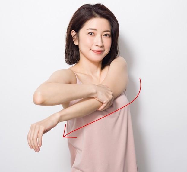 育乳セラピスト・森 絵里香さん流、お悩み別美乳マッサージ  _7