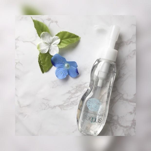 可愛いボトルが目印♡まるで肌をトリートメントするようなオイルクレンジングがフリープラスから新登場!!