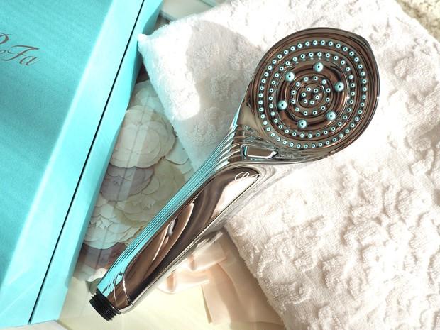【ReFa】シャワーヘッドを変えるだけで#節水 #血流促進 #美容効果UP リファ最新シャワーヘッドに乗り換えました!!_1