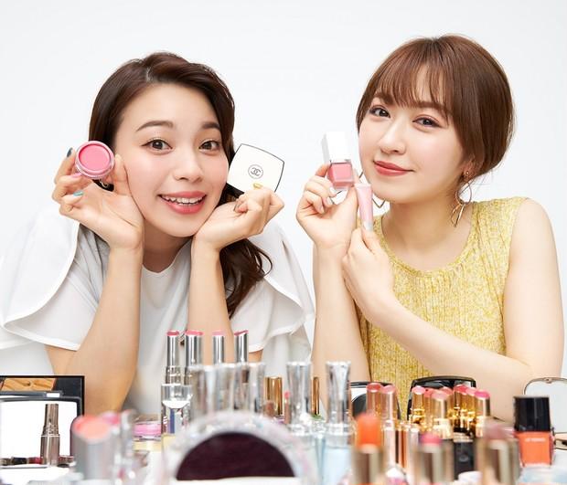 人気ブランドが揃い踏み! 元美容部員 和田さん。と千葉由佳が選ぶ、夏の本命「ベース&チーク」