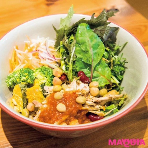 「タニタカフェ」が有楽町にオープン! 1日の約半分の野菜が摂れるヘルシーメニューに注目