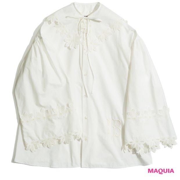 刺繍フレアスリーブブラウス ¥59000/アマン(アンスクリア)
