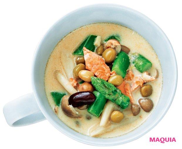 ミックスビーンズと鮭のスープ