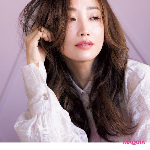 神崎さんの本命はピンク♡ 春色を今っぽく美人に取り入れるテクを公開!
