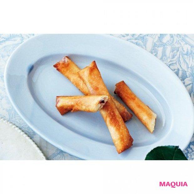 手軽に食べられてパーティーにも◎。 りんごとクリームチーズの春巻き