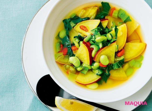 スーパーフードのクコの実も加えた美肌スープ 「さつまいもとレモンのスープ」