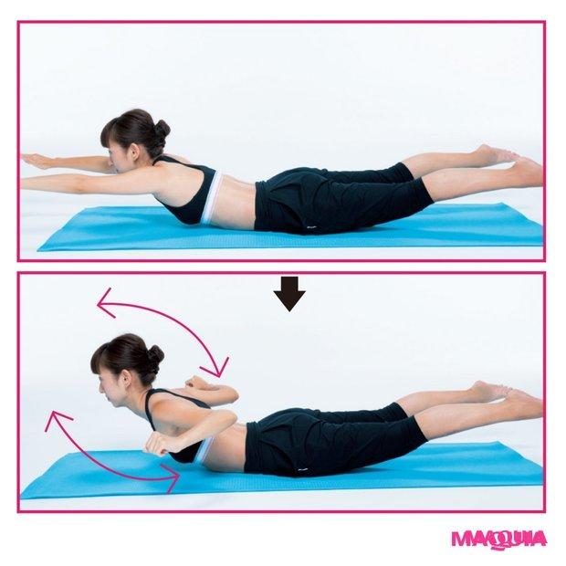 姿勢をよくして、目指せ若見え!背中を意識した肩甲骨エクササイズ