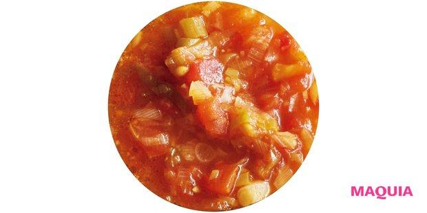 旨味成分と抗酸化作用の強いトマトと元気回復食材のにんにくに、豆板醤や黒酢を加えて。あっさり&ジューシーな醤のでき上がり!