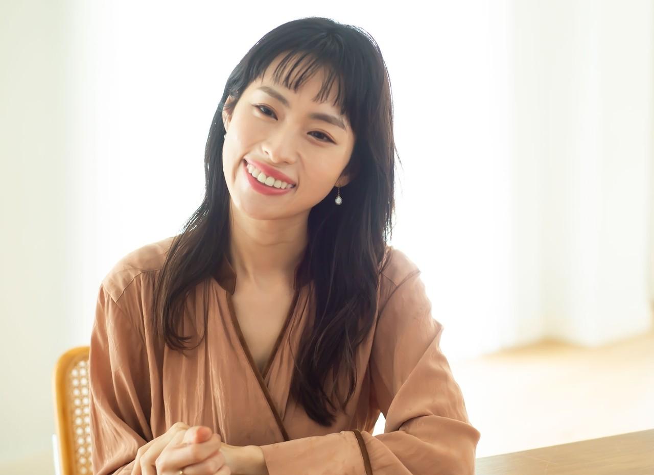 岡本静香さん「美容を通じて自分をもっと好きになれる」心まで引き上げる30代からのスキンケア _1