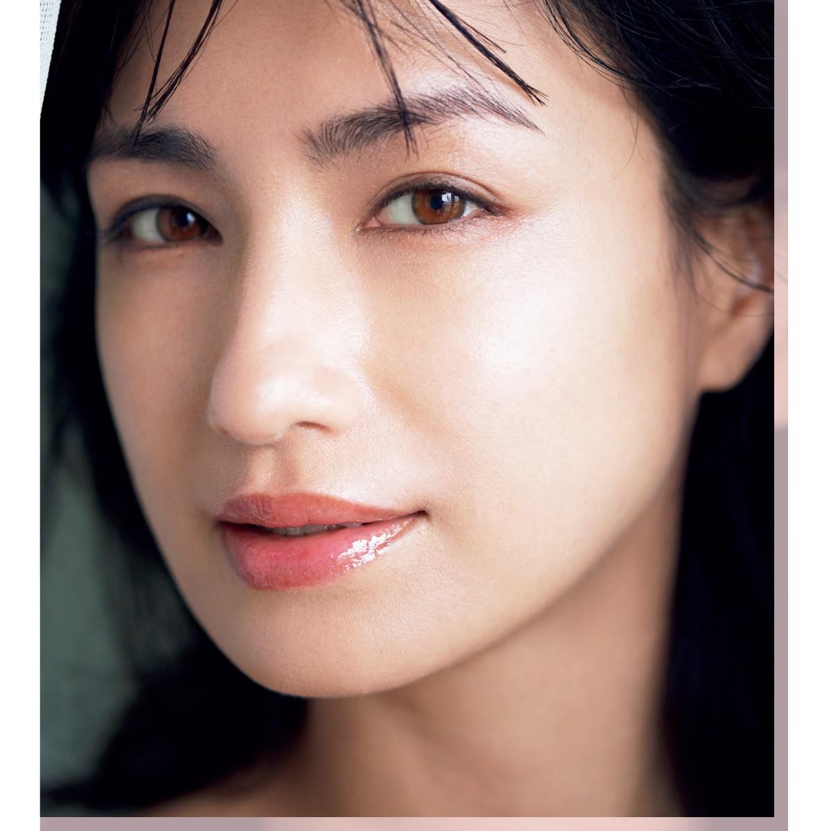 肌、体、自分自身。可愛がった分だけ美しくなれる  佐田真由美 さん「大人の美容の価値観」 _5