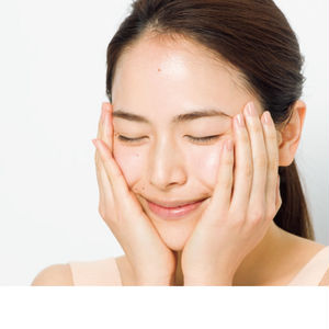 オイルクラッシュ系化粧水の使用イメージ